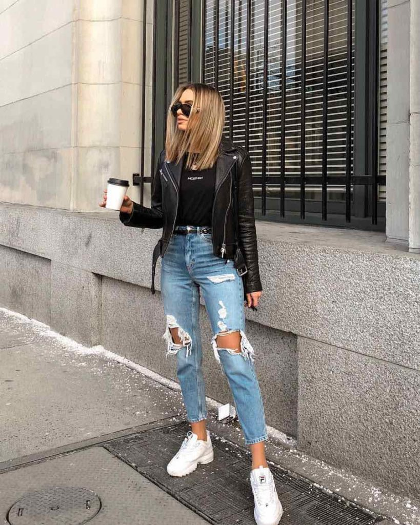 Outfit con tenis blancos