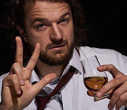 4. Consejos para tomar Whisky: Tomar por sorbos